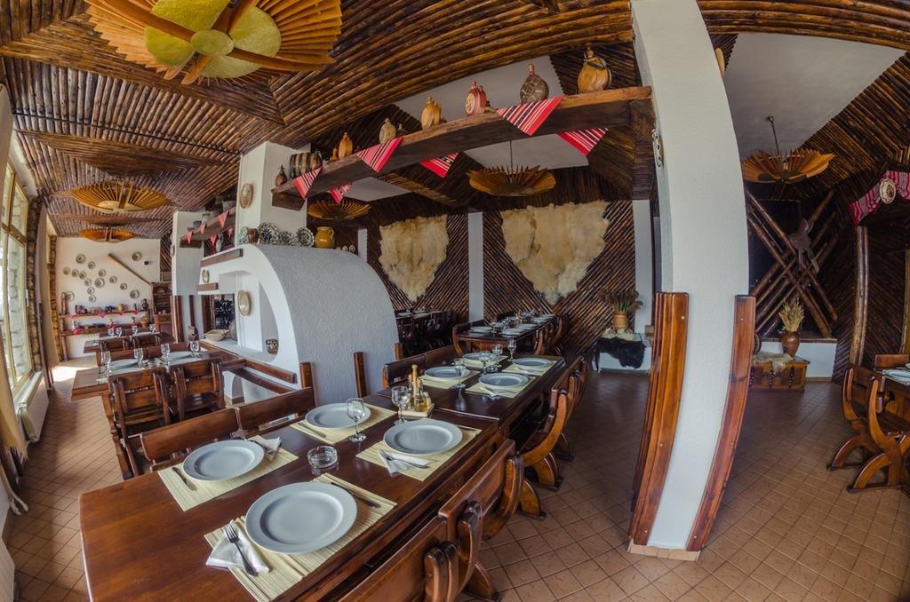 Hotel Cabana Trei Brazi