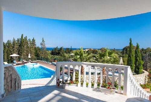 Hotel Belvedere Gerekas Luxury Suites
