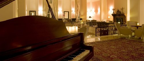 Hotel Mabely Grand