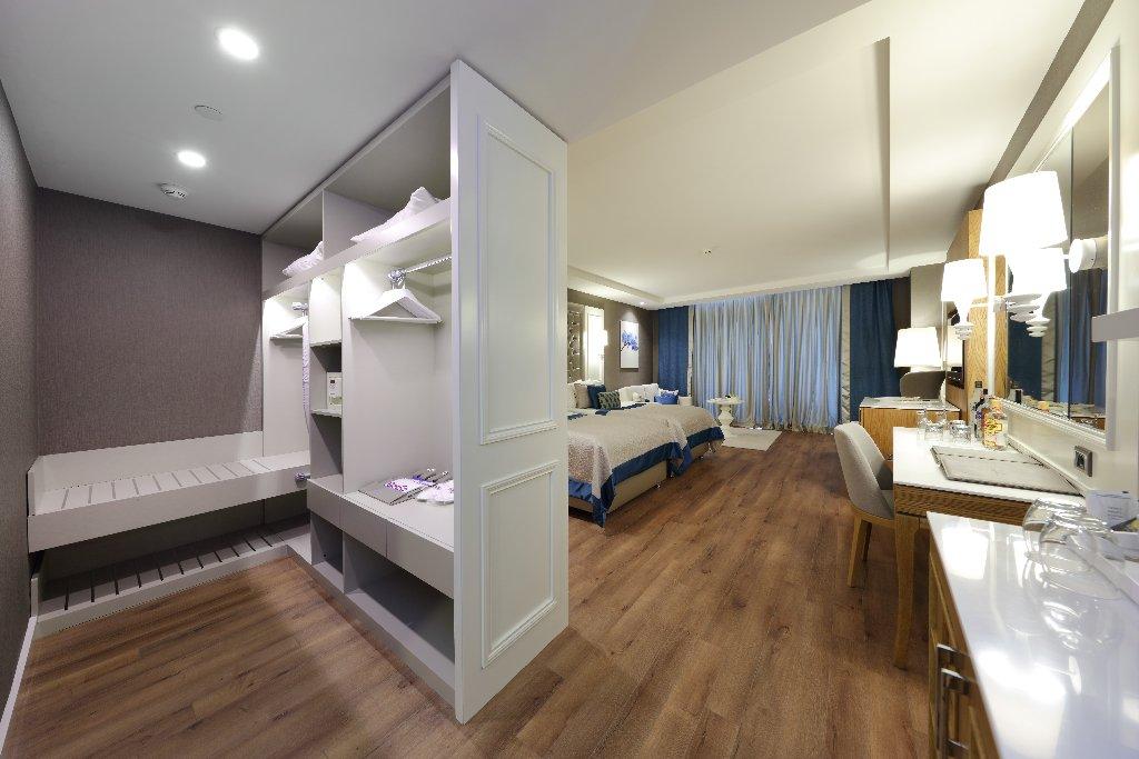 Hotel Sueno Hotels Deluxe