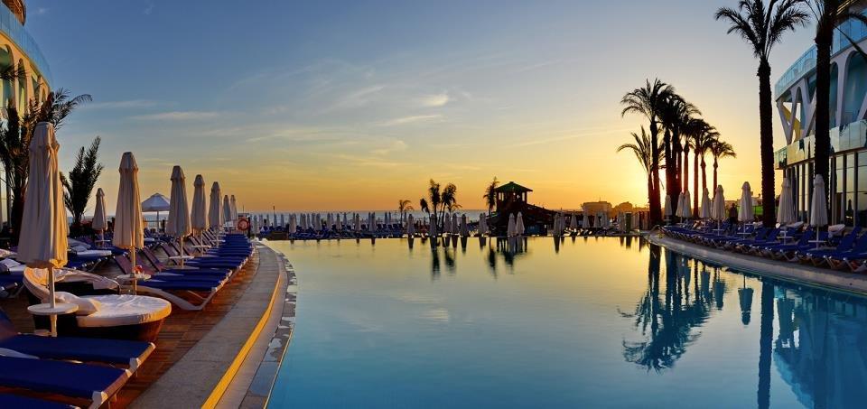 Hotel Vikingen Infinity Resort Spa