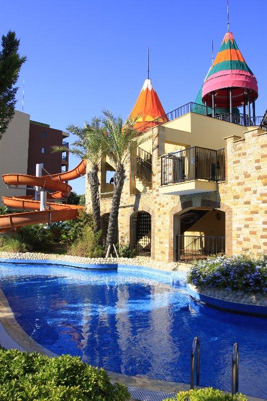 Hotel Pegasos Royal