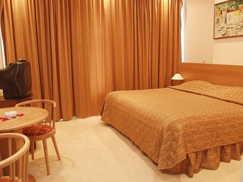 Hotel Queen Vera( Fost Palm Beach)