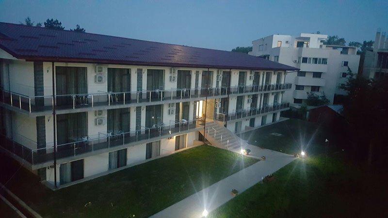 Hotel Q Hotel