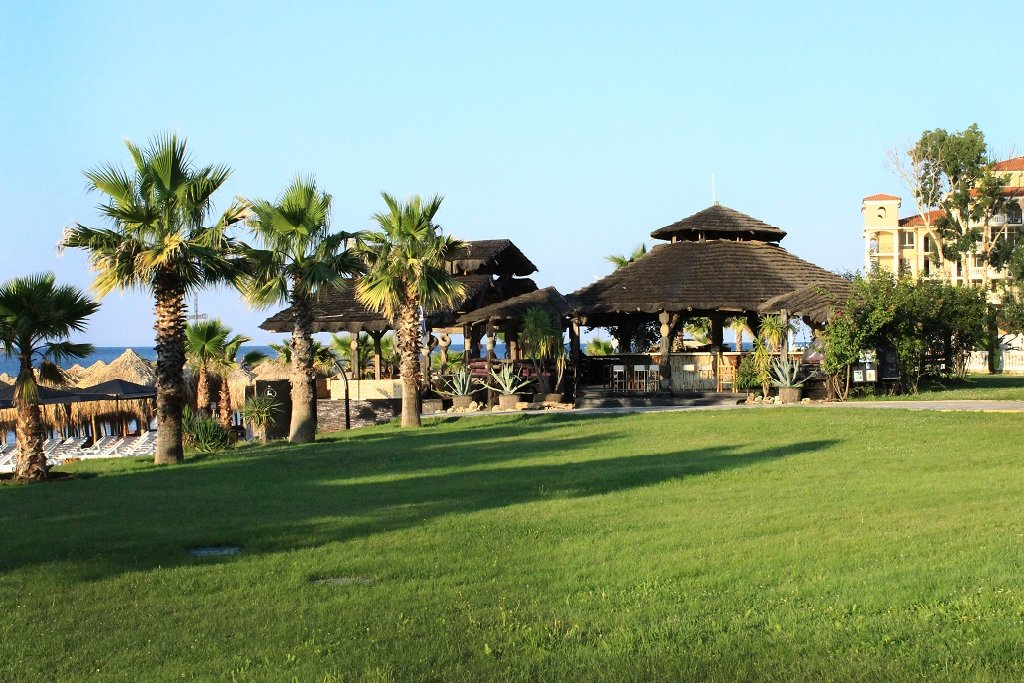 Hotel Andalucia Beach And Spa