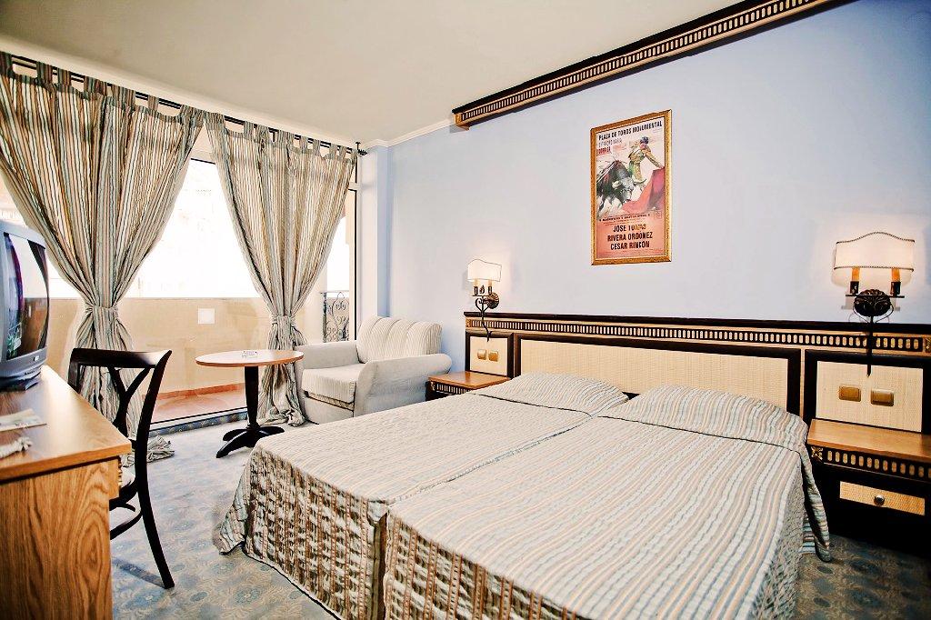 Hotel Andalucia Beach And Spa