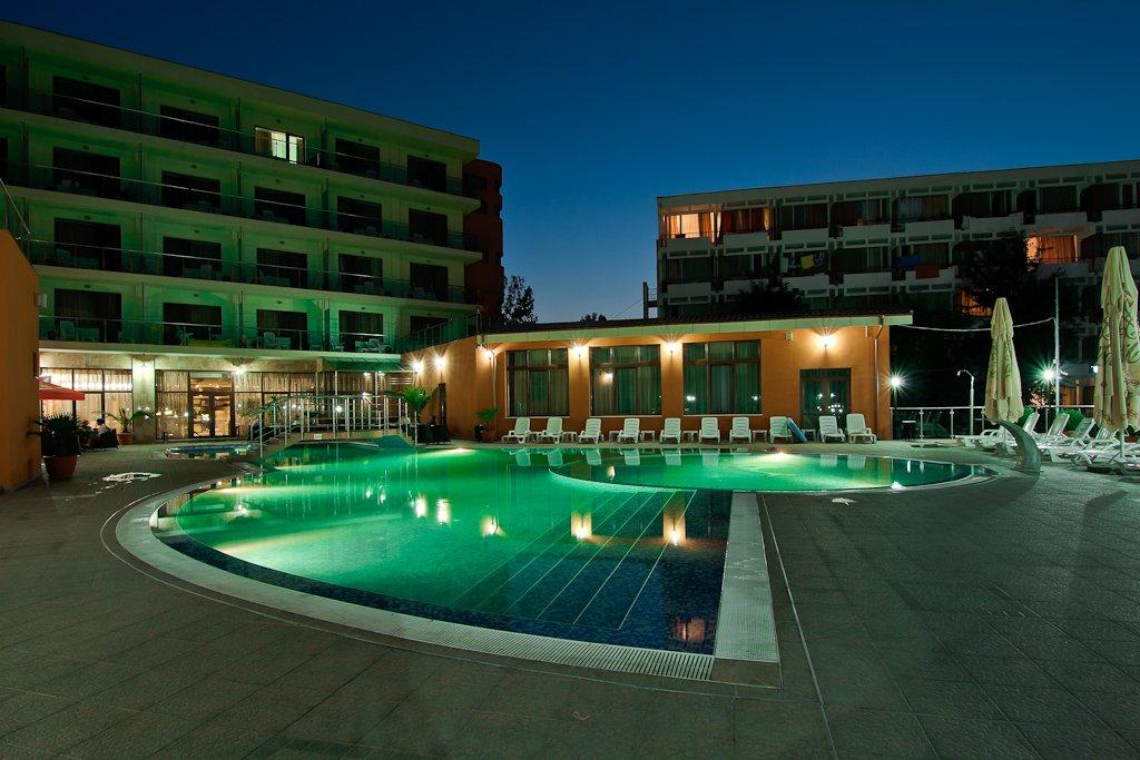 Hotel Saturn