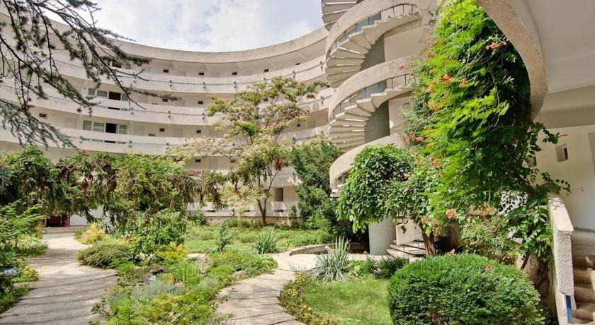 Hotel Raluca-camere Etaj