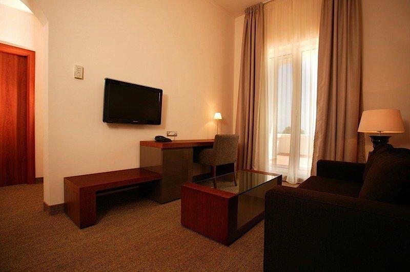 Hotel Iaki