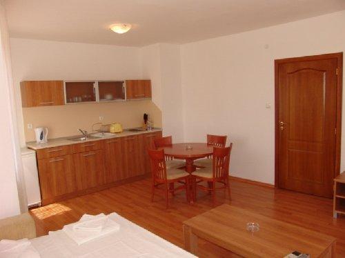 Hotel Aparthotel Complex Efir