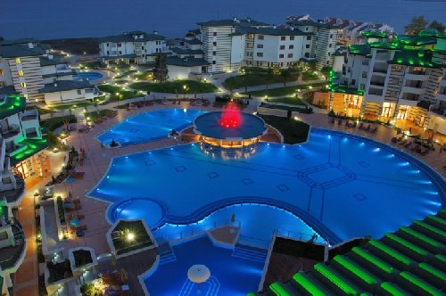 Hotel Emerald Beach Resort And Spa